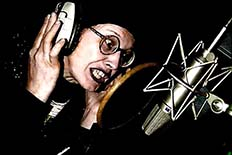 Lene Lovich recording Thorne's 'Sprawl' album