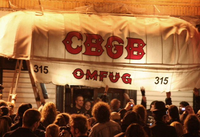 Outside CBGB on close down day