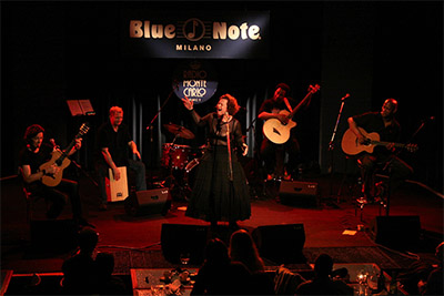 Sarah Jane performing at the Blue Note, Milan