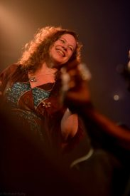 Sarah Jane Morris, photo by Richard Kaby